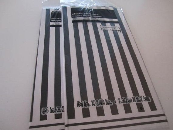 Set Of (5) PLASTIC TABLE COVERS Decorated In A Black And White Stripe