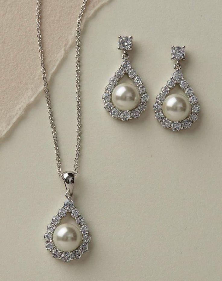 Christian Jewelry Stores Near Me half Jewelry Store Jobs Near Me #diamondsjumpin…   – Jewelry Design