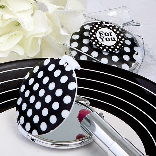 Chic polka dot compact mirrors/bridesmaids - Great web-site for small bridal gifts and favors
