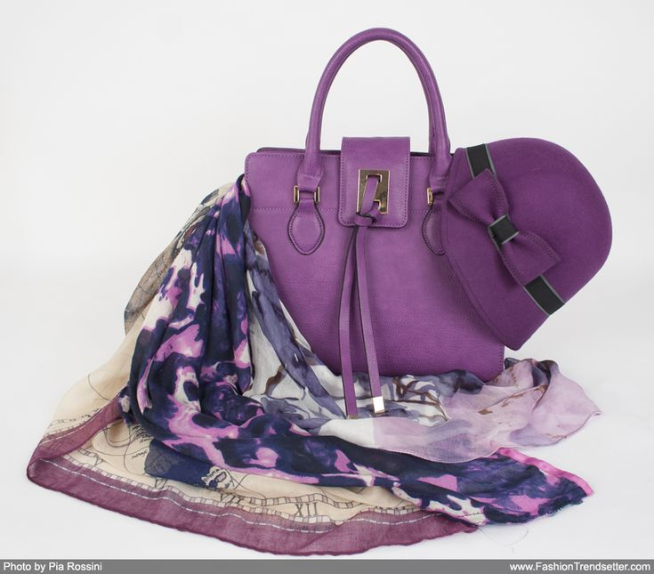 Radiant Orchid, a Key Color in the Pia Rossini Collection
