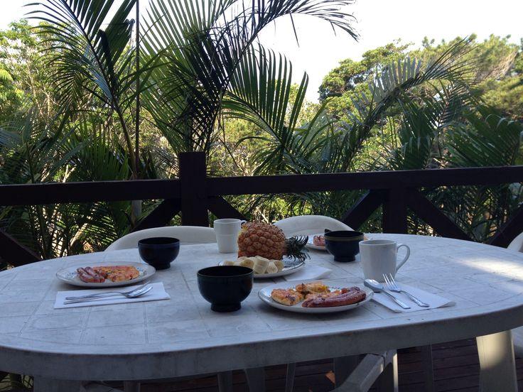 ALOHA Beauty*リトリート@渡嘉敷  静かなプライベートログハウス ペランダでのんびり朝食♪
