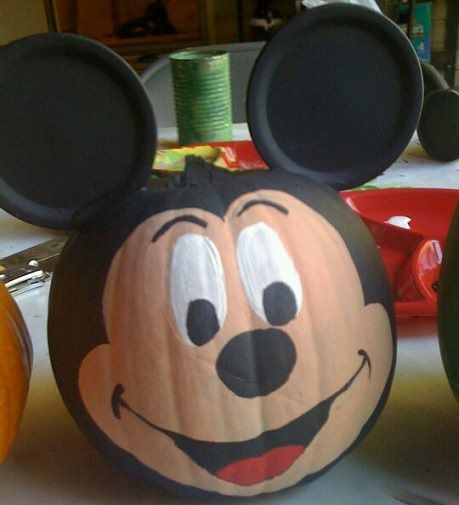 Calabaza decorada de mickey mouse halloween pinterest - Calabazas decoradas para halloween ...