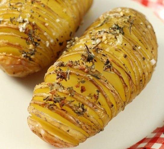 Découvrez ces délicieuses recettes de pommes de terre au four, faciles à faire…