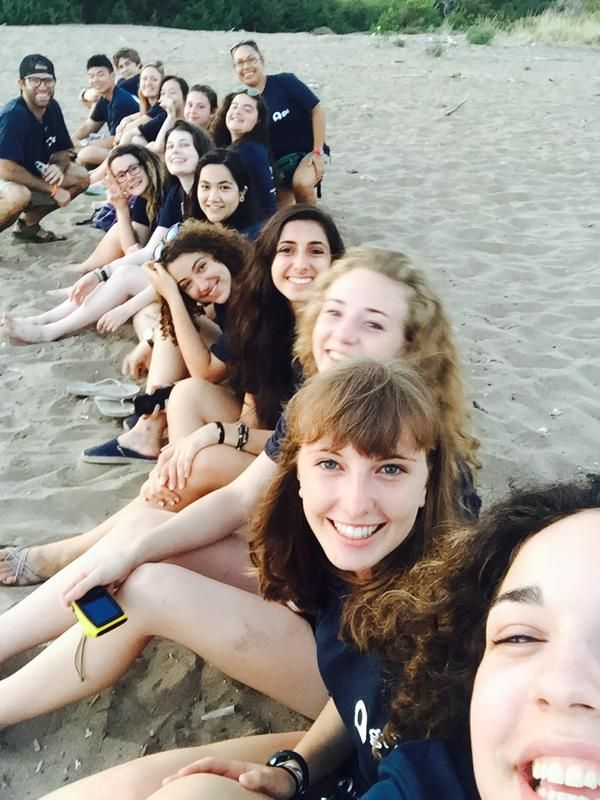 Meet our new under 18's volunteers in Greece! Over the next few weeks they are going to helping us protect loggerhead turtle hatchlings.  #gvi #conservation