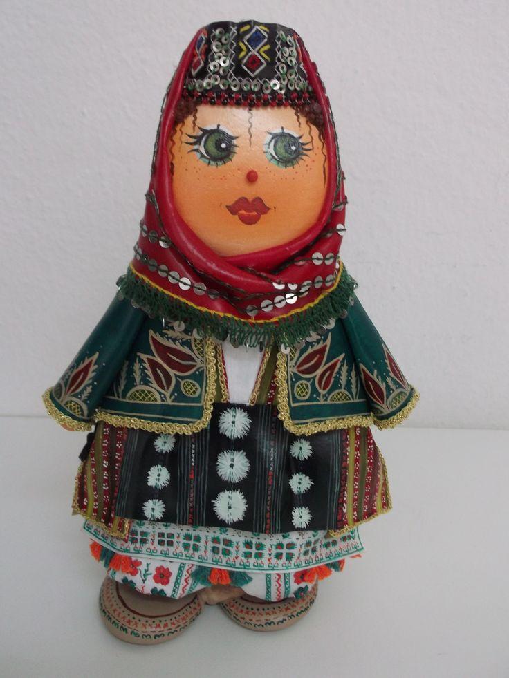 Bursa Keles yöresel kıyafetiyle giydirilmiş taş bebek ,el yapımı
