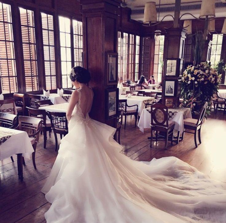 #weddingdress #begorgeoussignature #barebackdetails
