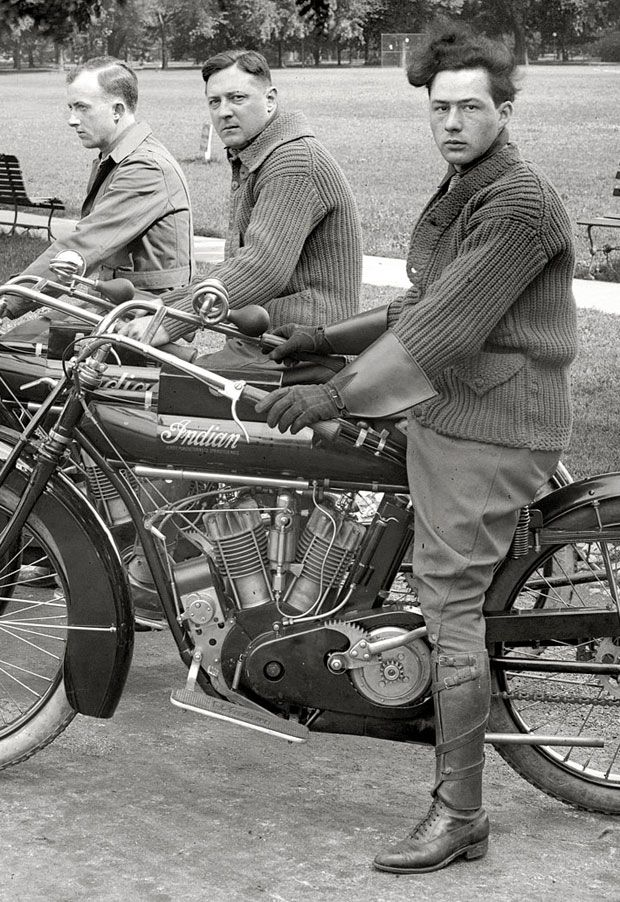 Indian motorbikes and riders, Washington, DC, 1915
