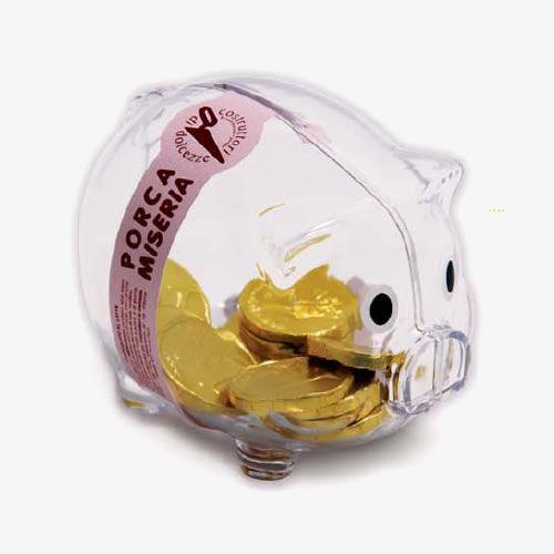 Porca Miseria_Costruttori di Dolcezze  Porca Miseria! Un goloso salvadanaio in stile Piggy bank, con dentro SOLO dieci monete di cioccolato al latte che renderanno più dolce la vita…