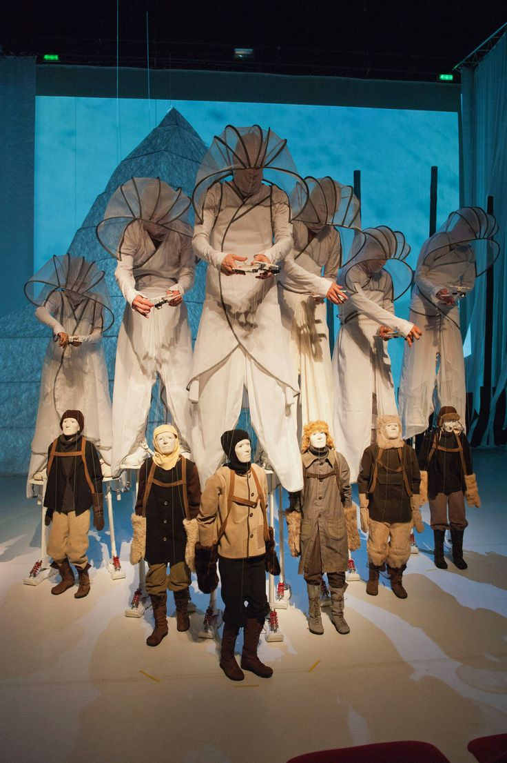 Who is playing who? 69 Degrees South, by New York puppetry theatre company, Phantom Limb.