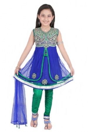 This is a beautiful blue V-neck Kids' Anarkali Suit having beautiful bead work at the neckline and a patch with stone work. This is a gorgeous creation that can be worn sleeveless as shown or with sleeves that are provided inside and can be stitched on if so desired.