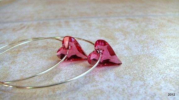 Fülbevaló inspiráció #Swarovski Vad Szív medálból Indian Pink színben.