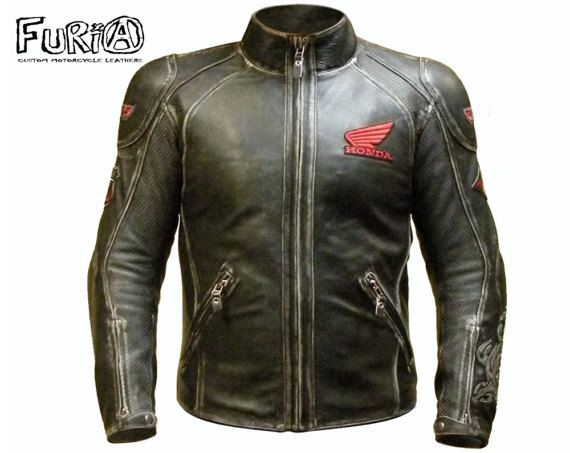 Sport motojacket  #furia #furiacustom #furiacustommotorcycle #motojacket #moto #leather #motorcycle #ручнаяработа #мишаfuria #байкеры #Мотокуртка #Motorcyclejacket #Motorcyclesuit #Мотозащита #Motoprotection #Protection #Racing #Motorcycle #Honda #Yamaha #Suzuki #Kawasaki #Ducati #Triumph #Caferacer #Patches #Custom #Kustom #Customleathers #Leatherjacket