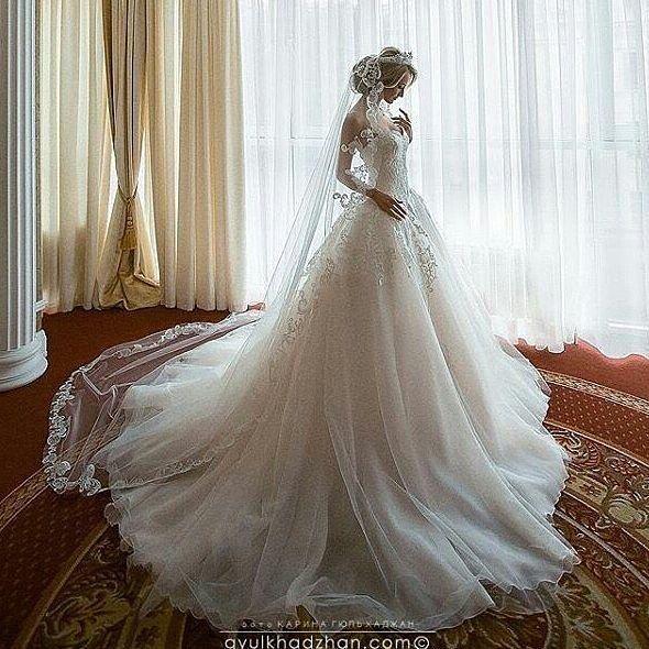 This is just stunning!!!!! Via @weddings_brides - #TheWeddingOne