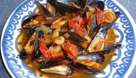 Als je regelmatig mosselen eet is het lekker om zo nu en dan eens een ander recept te proberen. Deze Spaanse variant is erg lekker en bovendien heel...