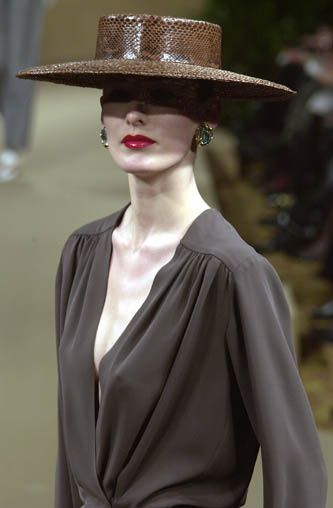 yves saint laurent haute couture spring summer 2001 hat pinterest spring mad hatters and. Black Bedroom Furniture Sets. Home Design Ideas