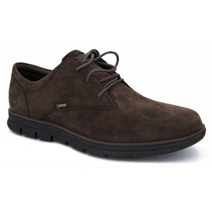 Zapatos con cordones de estilo casual para hombre hechos con pieles y con  membrana interna de