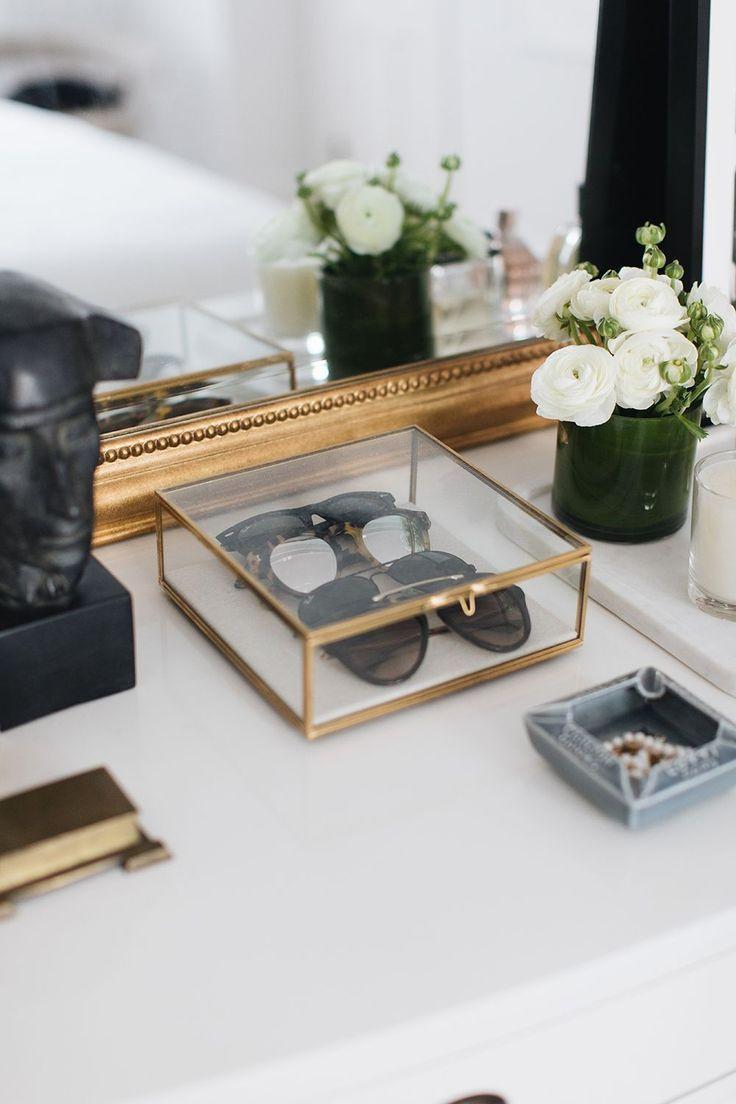 Die Tische sind die glamourösesten Stücke für eine Dekoration, man muss …..