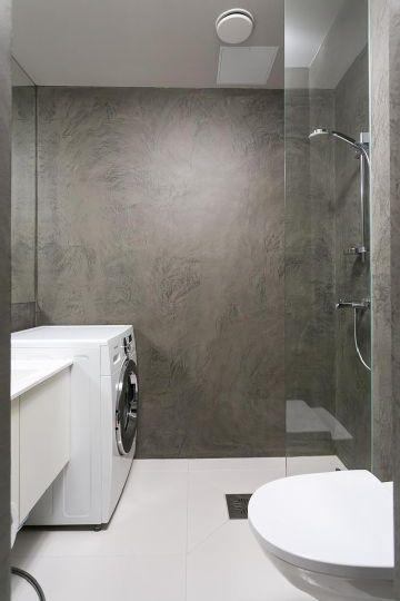 """""""Kerrostalo, 50 m2, Helsinki"""" Concrete wall in shower!"""