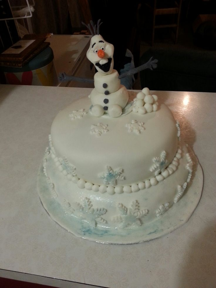 Olaf cake for a childs birthday