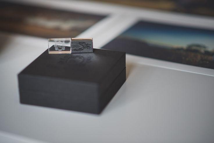 Your wedding digital files in a beautiful usb
