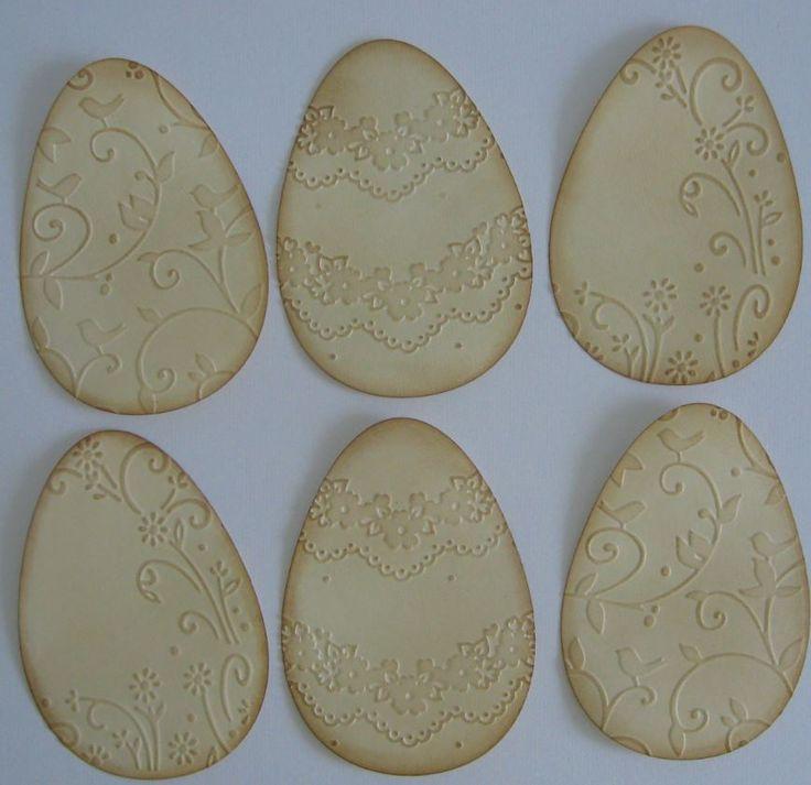 Tintázással készült dombormintás tojások - ajándékkísérő