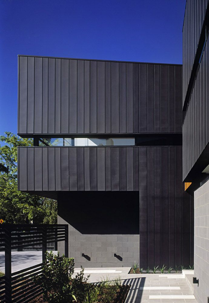 Caulfield House by Bower Architecture