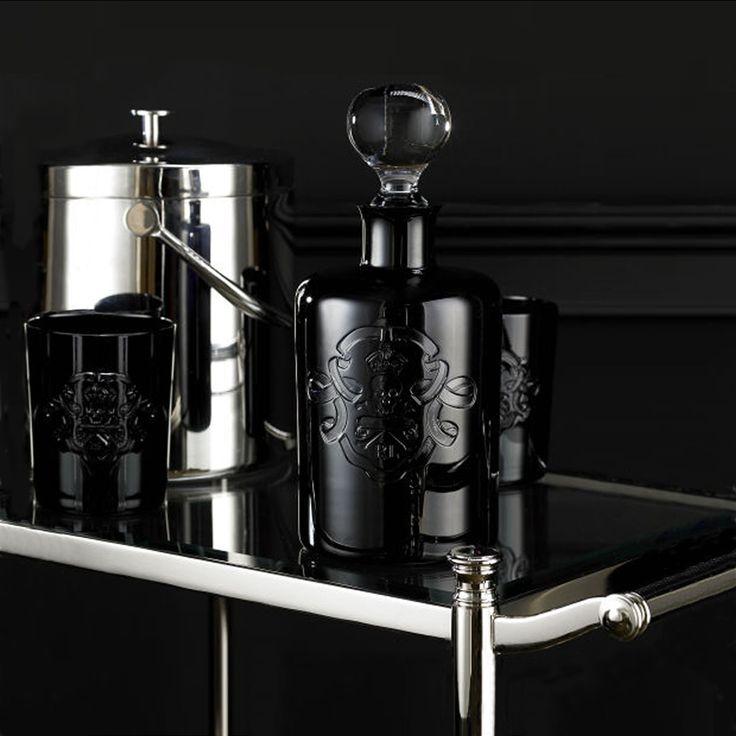 Unusual ornamentation, unique black crystal - elegance in every detail
