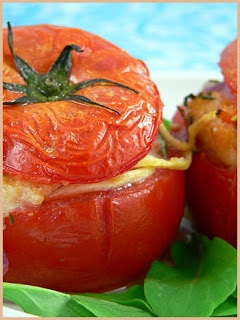 Delicious Georgian Cuisine: Pamidvris Tolma (Stuffed Tomatoes)