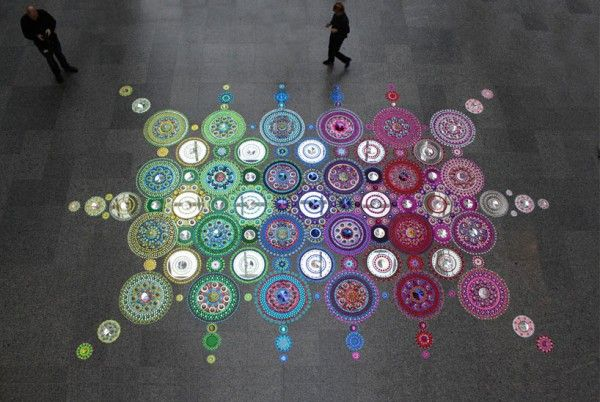 Large-scale Kaleidoscopic Installations by Suzan Drummen