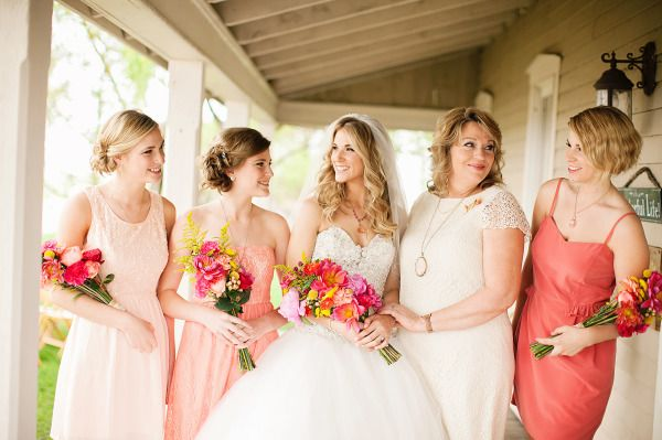 Casual back porch wedding: http://www.stylemepretty.com/2014/06/09/casual-back-porch-wedding/ | Photography: http://shannonleighanderson.com/