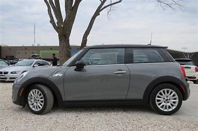 MINI Cooper Hardtop 2dr Coupe S New Automatic Gasoline 2.0L 4 Cyl Moonwalk Gray