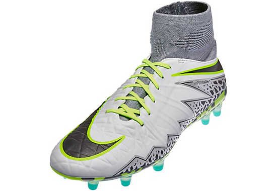 Kids Nike Hypervenom Phantom II - Elite Pack. Hot now at www.soccerpro.com