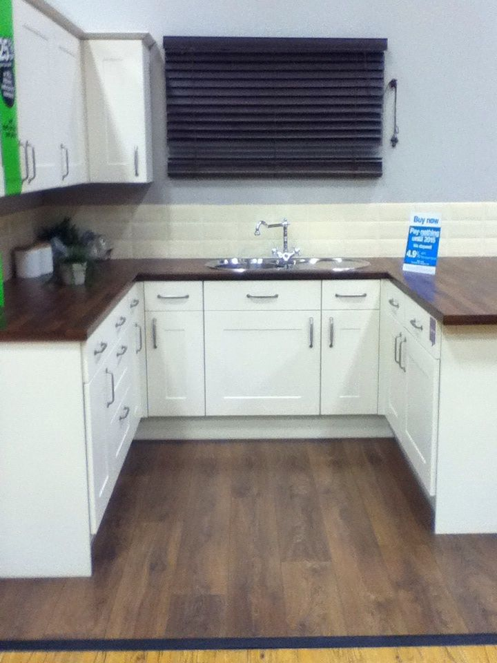 B&Q kitchen as an example of colour scheme, floor and Worktop