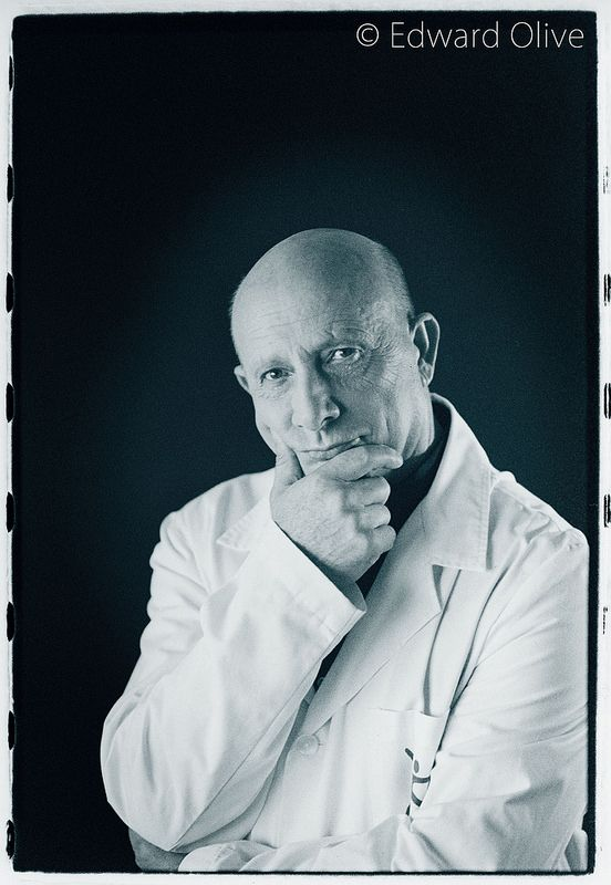 Portrait of Dr Enrique Galindo Andujar IMTRA Incoma ©  Edward Olive photographic studio