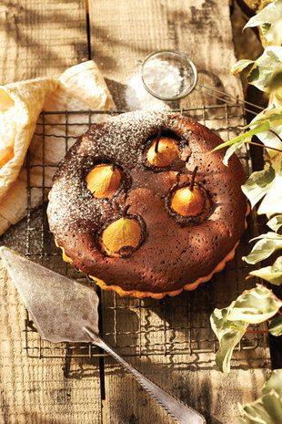 Peer-en-sjokolade-tert | SARIE | Pear and chocolate tart