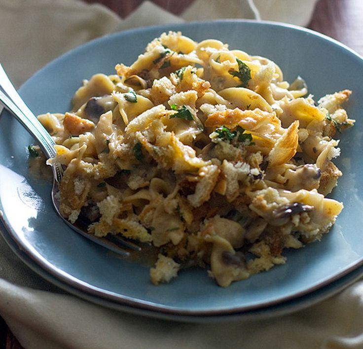 Тетраззини (тетраццини) – американо-итальянское блюдо, названное в честь итальянской оперной звезды Луизы Тетраззини. Его готовят из пасты - спагетти или пенне, а…