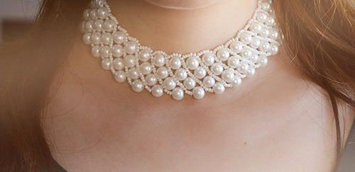 Frosty Pearl Choker Necklace