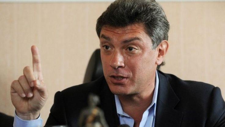 Russia opposition politician Boris Nemtsov shot dead - BBC News