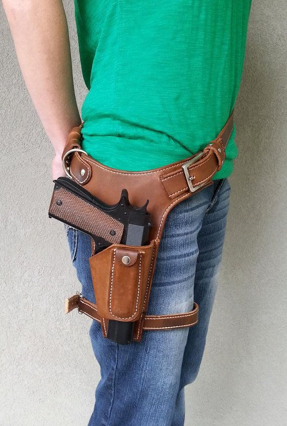 Tomb Raider Leather Holster Costume by UnchartedLeather