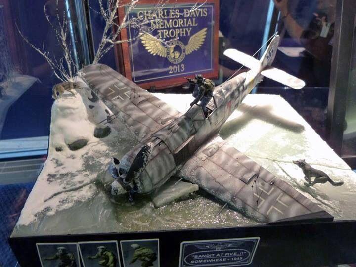 F190 crash Military diorama, Aircraft modeling, Military