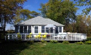 The Nordhaus Cottage, Privacy directly on Lake ErieVacation Rental in Leamington from @HomeAway! #vacation #rental #travel #homeaway