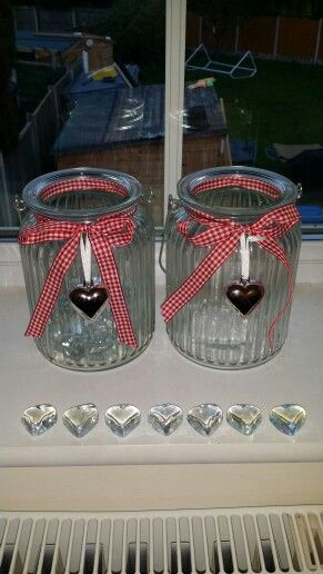 My 'to lose' and 'lost' jars. There is 1 stone to represent each pound I want to lose, after weekly weigh in I move the stones from 'to lose' to 'lost'. This week I have lost 7lbs with Body by Vi. Find out more at http:// theresaxxx.bodybyvi.com