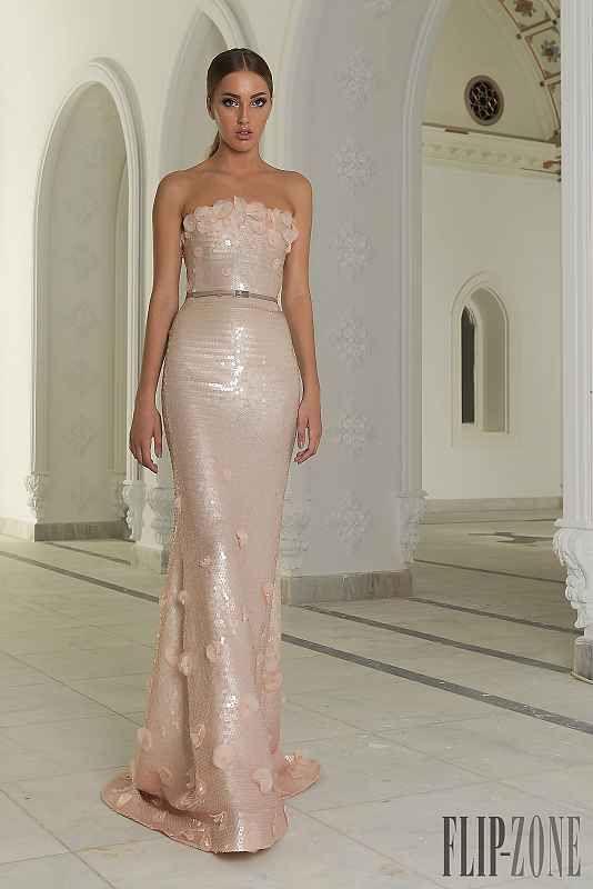 3dc062574d33 10 besten Abendkleider Bilder auf Pinterest   Abendkleider, Braut ...