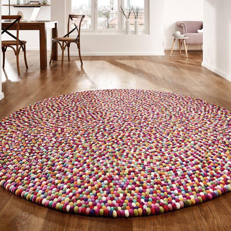 die besten 25 filzkugel teppich ideen auf pinterest filzkugel filz kugel girlande und. Black Bedroom Furniture Sets. Home Design Ideas