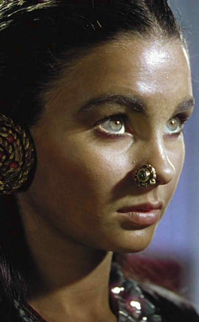 Black Narcissus (1947) - Jean Simmons as Kanchi