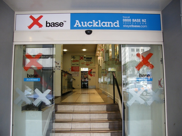 Base Backpackers in central Auckland - stayed here in Feb 08