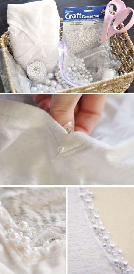 customização camiseta branca bordada