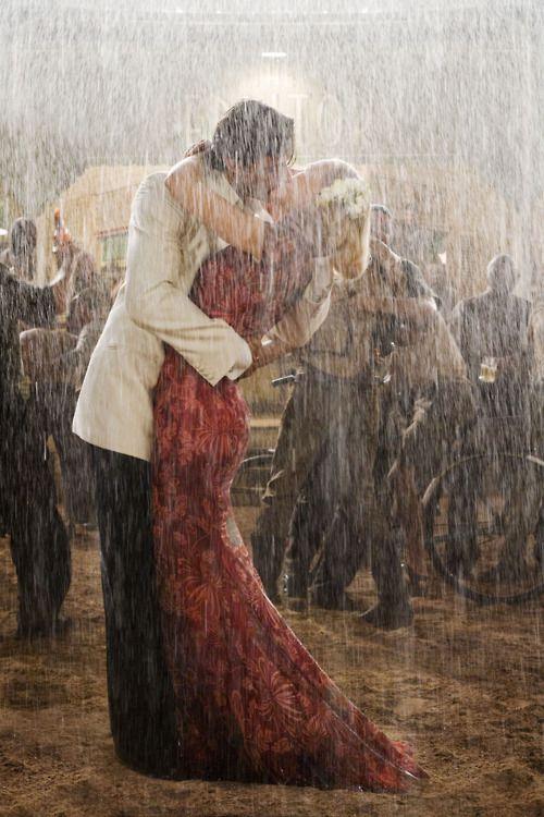 Jackman and Kidman, Australia: A Kiss, Nicole Kidman, Wedding Photography, The Kiss, Romances, Australia, Movie, Hugh Jackman, Rain