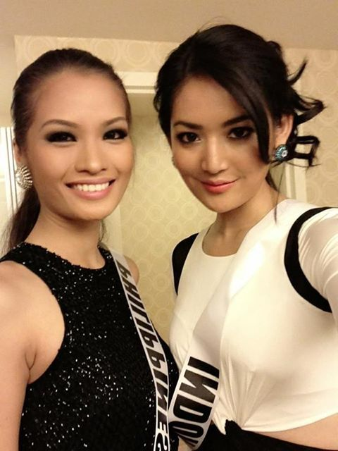 Miss Indonesia 2011 and Miss Philippines 2011