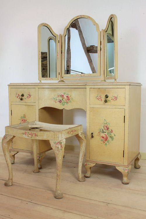 1920s Dressing Table.